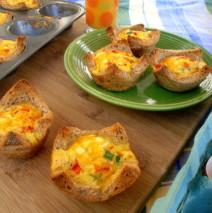 Mini Quiches in Breadbaskets