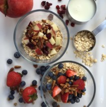 Overnight Oatmeal with Fruit and Nuts