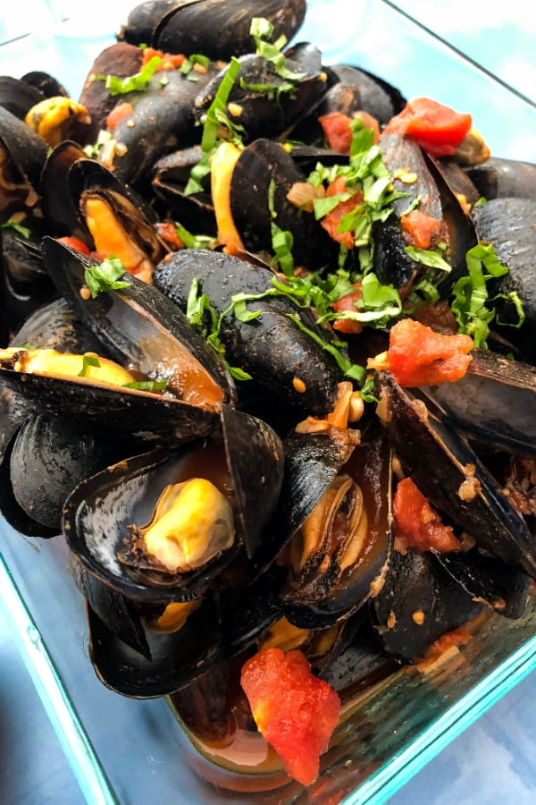 2 servings of shellfish recipe with tomatoes