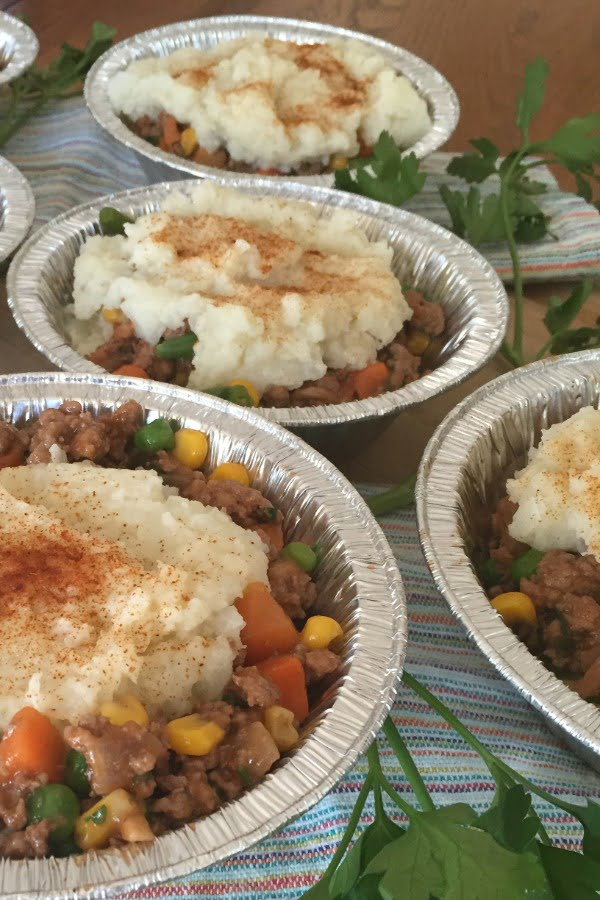 mini shepherd's pies with cauliflower topping