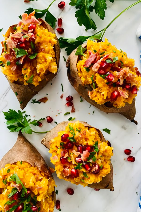4 stuffed sweet potatoes with apples and bacon
